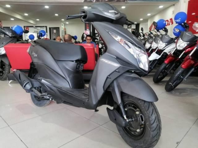 Honda DIO 110 DLX 2021 automático 4 tiempos Engativá