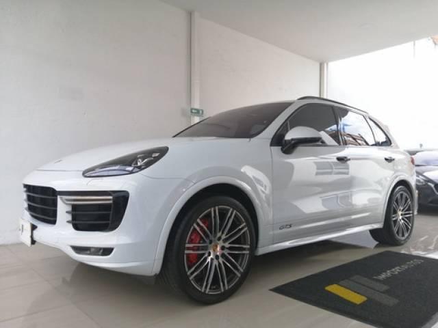Porsche Cayenne GTS 2018 blanco automático $448.000.000