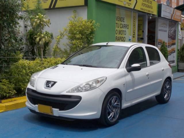 Peugeot 206 Plus 1400 automático $24.000.000