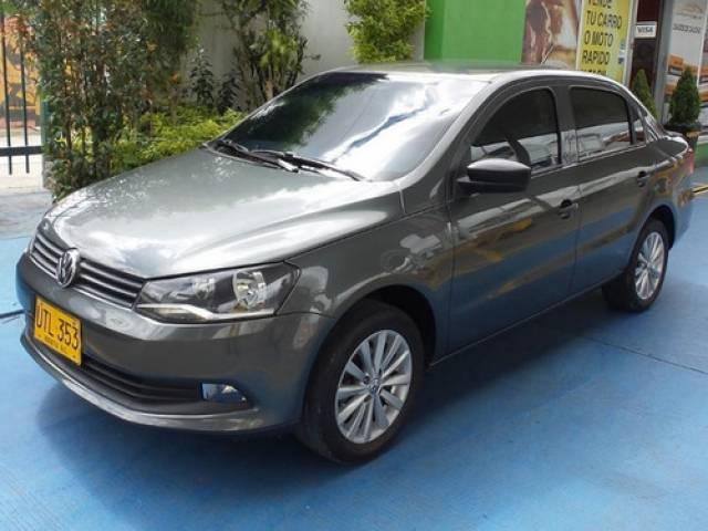Volkswagen Voyage Sedan 2015 automático Suba